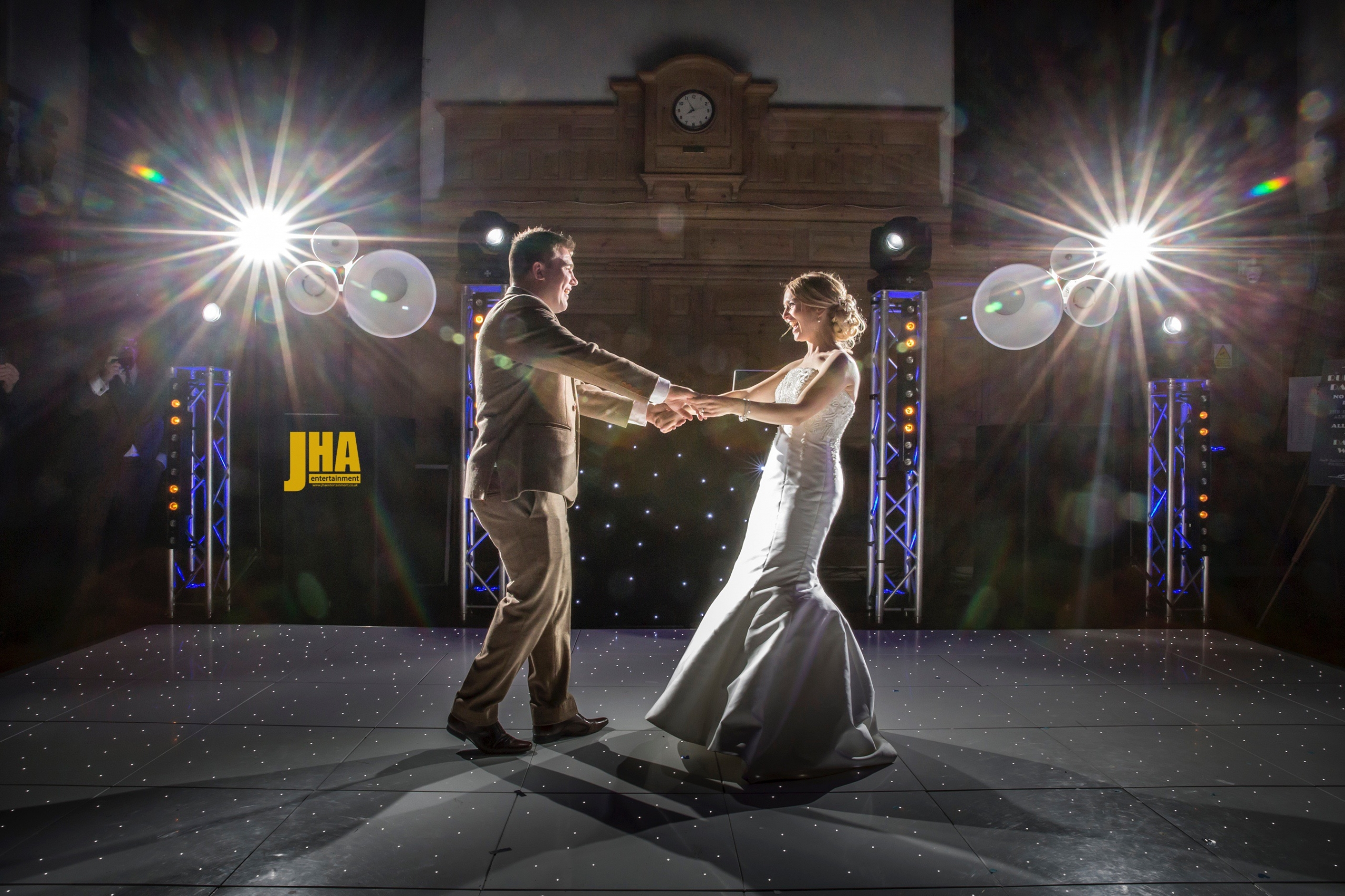 Wedding DJs and Wedding Entertainment - Milton Keynes Wedding DJ 1